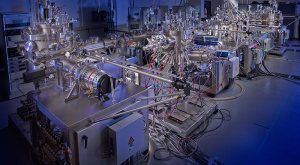 Ultra-High Vacuum (UHV) quantum materials lab
